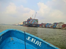 passing Apapa port